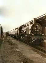 dampf/77504/38-1182-mit-personenzug-in-eisenach 38 1182 mit Personenzug in Eisenach