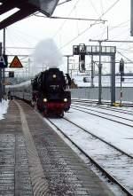 dampf/108859/br-41-mit-weihnachtsmarktexpress-bei-einfahrt BR 41 mit Weihnachtsmarktexpress bei Einfahrt Erfurt Hbf