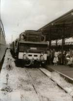 dampf/70887/br-74-mit-traditionszug-im-alten BR 74 mit Traditionszug im alten Erfurter Hbf, vor 1989