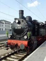 dampf/73103/br-94-im-neuen-erfurter-hbf BR 94 im neuen Erfurter Hbf, mai 2010
