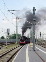 dampf/73160/dampfzug-aus-bad-langensalza-faehrt-im Dampfzug aus Bad Langensalza fährt im Bhf Erfurt Hbf ein, Mai 2010