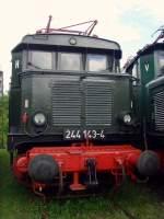 bw-weimar/74008/e-44-244-der-dr-im E 44 /244 der DR im Bw Weimar, Mai 2010