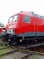 bw-weimar/74015/moderne-e-lok-meg-804-auf-der Moderne E-Lok (MEG 804) auf der Drehsccheibe des Bw Weimar Mai 2010