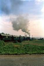 erfurt---bad-langensalza/70672/sonderzug-richtung-erfurt-bei-graefentonna-vor Sonderzug Richtung Erfurt bei Gräfentonna, vor 1990