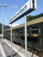 bhf-sitzendorf-unterw/88472/sonderzug-im-bhf-sitzendorf-unterweissbach-am-1482010 Sonderzug im Bhf Sitzendorf-unterweißbach am 14.8.2010